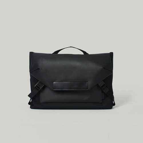 [2/11재입고]Hawk C1 Messenger bag Black